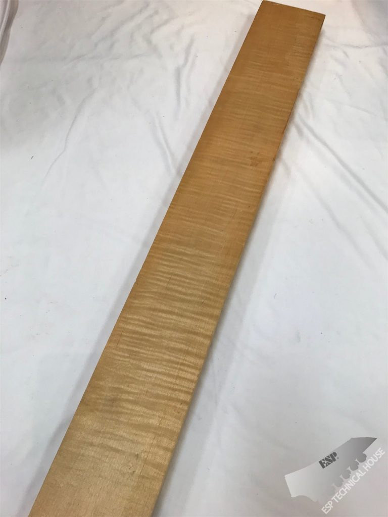 40. FLAME MAPLE (フレイムメイプル) NECK